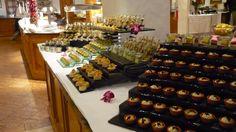 #TUI #Robinsonclub #Marioschiller #Foodporn #Smilejob #smilestory Robinson Club, Food Presentation, Finger Foods, Buffet, Mario, Food Porn, Finger Food, Food Plating, Catering Display
