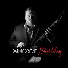 http://polyprisma.de/wp-content/uploads/2016/01/Danny_Bryant_Blood_Money-1024x1024.jpg Danny Bryant - Blood Money: Packende Rundreise mit Blues http://polyprisma.de/2016/danny-bryant-blood-money-packende-rundreise-mit-blues/ Danny Bryant – Blood Money ist Blues. Moderner, hochkarätiger, gefühlvoller und ehrlicher Blues. Unterstützt von Walter Trout und Bernie Marsden erscheint Ende Januar ein Album, über das Danny Bryant selber sagt, es sei das Album, das er seit