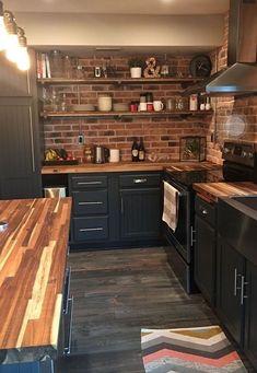 new kitchen cabinets estilo dos mveis prateleiras Black Kitchen Cabinets dos estilo mveis pratele. Industrial Kitchen Design, Interior Design Kitchen, Home Design, Design Ideas, Industrial Kitchens, Kitchen Designs, Industrial Lamps, Rustic Industrial, Industrial Furniture