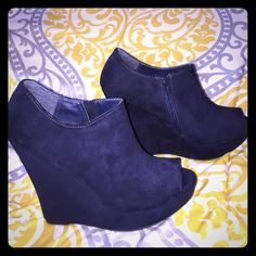 Super cute Navy peep toe wedges!! Sz 7 Navy Wedges! Peep toe! Suede! Only worn once!!!!!! Size 7 Shoes Ankle Boots & Booties