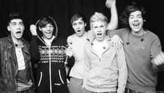 YAAAY!!!! {GIF}  1) Zayn is adorable 2) Louis is a model 3) Liam is yelling yes not yay...lol 4) Niall looks like he's about to seduce me 5) I imagined Harry yelling really deeply...   That is all.