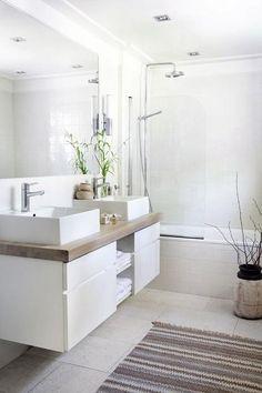 Fuera azulejos en tu cuarto de baño.