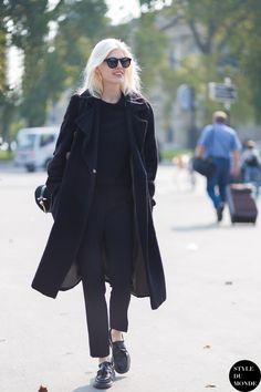 all black everything. #OlaRudnicka #offduty in Paris.