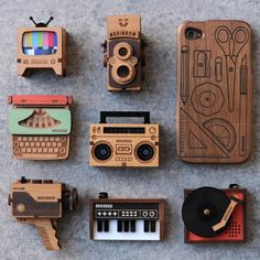 Wooden pendants and iPhone case by Brainbow [Sydney].