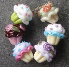 too cute cupcake beads