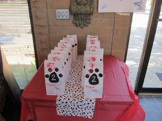 """""""Doggie Bags"""" at a Puppy Party #puppy #partyfavors"""