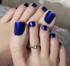 Blueberries are in season! 💙 Polish: Aruba Blue by Blue Toe Nails, Pretty Toe Nails, Toe Nail Color, Sexy Nails, Sexy Toes, Pretty Toes, Toe Nail Art, Toe Polish, Blue Nail Polish