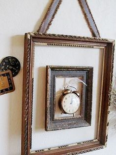 Setzkästen-Alte Fenster-Alte Rahmen frame within a frame, great way to display objects/heirlooms Thi Empty Picture Frames, Empty Frames, Old Frames, Frames Ideas, Vintage Picture Frames, Picture Frame Art, Frames Decor, Wall Decor, Antique Frames