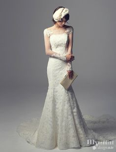 Wedding dress embroidered with a large highlight a woman's charm, despite all not ...