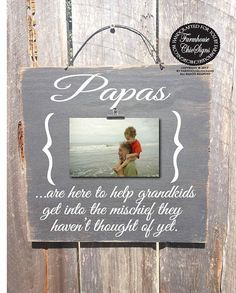 Father's Day gift, papa sign, papa frame, papa gift, papa picture fram… Diy Father's Day Gifts For Grandpa, Great Father's Day Gifts, Gifts For Family, Fathers Day Pictures, Christmas Gift For Dad, Christmas Ideas, Christmas Presents, Christmas Tree, First Fathers Day