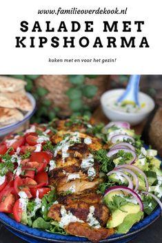 gezonde salade met shoarma van kip en frisse dressing. #recepten #kip #salade #salades