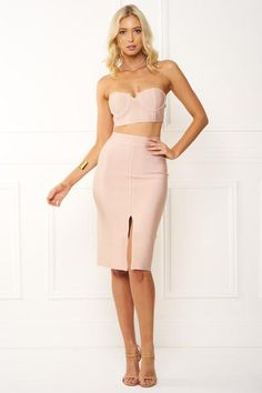 www.onehoneyboutique.com Affordable Celebrity Style Fashion & Accessories Formal Dresses & Bridesmaid Dress
