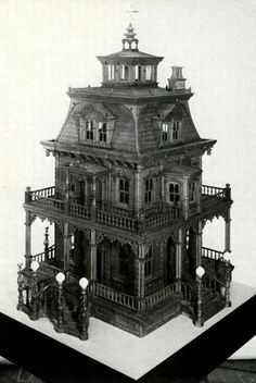 Old dollhouse