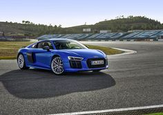Audi kickstarted the 2016 season of their unique driving experience program: the Audi Sportscar Experience (ASE), at the Buddh International Circuit (BIC) Audi Sport, Sport Cars, Le Mans, Lamborghini, Bugatti, Automobile Magazine, Luxury Car Rental, Luxury Cars, Luxury Vehicle