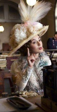 The Extraordinary Adventures of Adéle Blanc-Sec. Costume Designer: Olivier Bériot