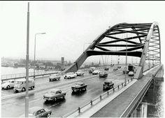de eerste van Brienenoordbrug...