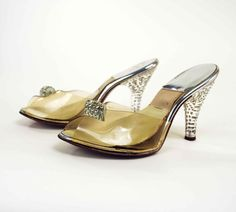 1950s Rhinestone Lucite Heels // Vintage Qualicraft Spring-o-later High Heel Shoes // X-Small