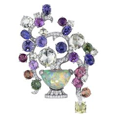 Bonsai-motif brooch. Platinum, brilliant-cut diamonds, rose-cut diamonds, sapphires. By Cartier. Photo: Vincent Wulveryck © Cartier 201