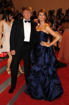 Red-Carpet Looks From the Met Gala (Can't stand The Donald but his wife's gown is pretty luscious. Donald And Melania Trump, First Lady Melania Trump, Donald Trump, Trump Melania, Ivanka Trump, Melania Trump Pictures, Milania Trump Style, Trump Is My President, Red Carpet Looks