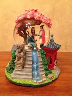 *** SOLD *** Retired Disney Mulan Snowglobe on Collectors Quest
