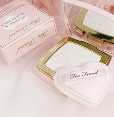 Charlotte Tilbury Lipstick, Make Up Collection, Beauty Packaging, Drugstore Makeup, Makeup Goals, Too Faced Cosmetics, Pink Aesthetic, Girly Things, Diaries