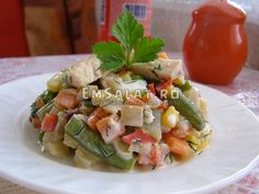 Салат из замороженного ризотто и осетра - http://emsalat.ru/salad_fish/salat-iz-zamorozhennogo-rizotto-osetra.html
