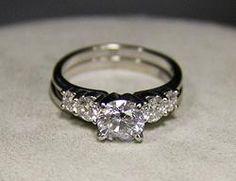 (21-00098-02) 14k White Gold  2.0 ctt Diamond Ring