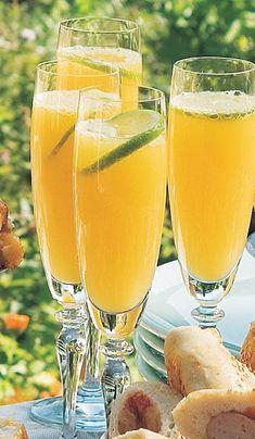 Citrusbobler Cocktail Drinks, Cold Drinks, Fun Drinks, Yummy Drinks, Alcoholic Drinks, Cocktails, Fat Burning Detox Drinks, Sangria Recipes, Home Brewing