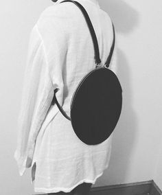 purses and handbags leather Leather Purses, Leather Handbags, Leather Backpack, Leather Bag, Soft Leather, Minimalist Bag, Diy Handbag, Minimal Fashion, Vintage Leather