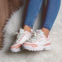 Nike Fashion, Sneakers Fashion, Fashion Shoes, Ugly Shoes, Sock Shoes, Moda Sneakers, Shoes Sneakers, Moda Nike, Basket Style