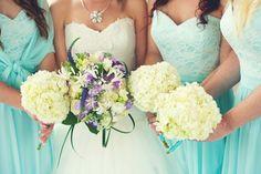 Amazing colour for bridesmaid dresses.