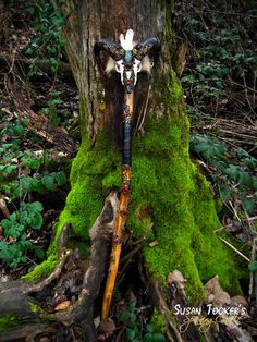 Ram Skull Staff Labradorite Black Tourmaline Carnelian Druid Wizard Pagan Wiccan Magic Walking Stick Agate Fox Fur by Spinning Castle Nuit D'halloween, Wizard Staff, Walking Staff, Wiccan Magic, Ram Skull, Gn, Walking Sticks And Canes, Witch Doctor, Book Of Shadows