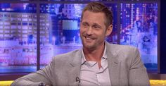 """skarsjoy: """"Watch a clip of Alexander Skarsgård on The Jonathan Ross Show which aired in the UK on October 1, 2016 Alexander Skarsgård's Night As A Drag Queen - The Jonathan Ross Show """""""