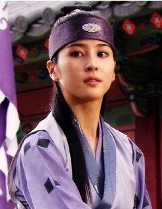 Han Hye Jin, Korean Actresses, Beauty Women, Kdrama, Seo, Woman, Fashion, Kaftan, Moda