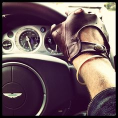 Driving glove and...Rubber band