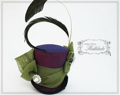 Hey, I found this really awesome Etsy listing at https://www.etsy.com/listing/126333082/mini-top-hat-burlesque-hat-victorian