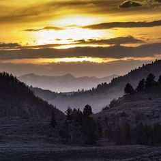 #Yellowstone #NationalPark's Lamar Valley might be known for its #wildlife viewing, but it is also a great place to watch the sun set. @Yellowstonenps's Neal Herbert capture this photo of #LamarValley during #sunset one day last month. National Park Service photo.