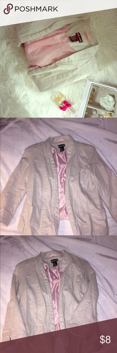 • b l a z e r • 🧥 EUC Shimmer cream blazer with pink lining. Has pockets!! Too small for me, wore once!  Super cute over any of the tops and dresses sold in my closet! Bundle up to save more!  I will iron out this baby for it's new owner! 💋 Wet Seal Jackets & Coats Blazers