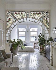 stained glass arch in interior designer anouk Taeymans' Art Nouveau apartmen. - Inspirational Interior Design Ideas for Living Room Design, Bedroom Design, Kitchen Design and the entire home. Belle Epoque, Foyer Design, Deco Design, House Design, Design Bedroom, Home Arch Design, Dream Home Design, Design Art, Floral Design