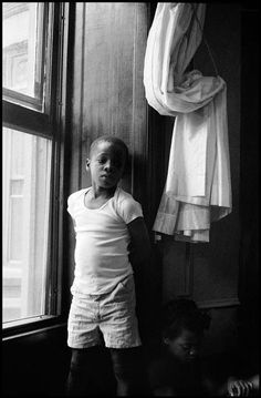 USA , New York City. Free Photography, Children Photography, Leonard Freed, Black And White People, American Children, Celebrity Portraits, Magnum Photos, African History, Beautiful Children