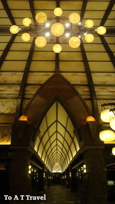 Move Over Waikiki: Three Reasons to Drop Everything and Head to Disney's Aulani! (article with incredible photos)
