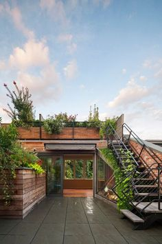 Architect Andrew Franz Restored This West Village Townhouse to its Historic Glory   6sqft Rooftop Design, Roof Terrace Design, Terrace Decor, Terrace Garden, Garden Design, House Design, Deck Design, Cafe Shop Design, Future House