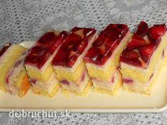 Fotorecept:Tvarohové rezy s jahodovou príchuťou - Tvaroh a jahody,to je výborná kombinácia.
