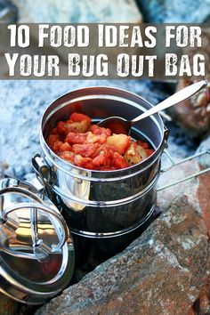 10 Food Ideas for Your Bug Out Bag - Are you confused as to what food to pack in your bug out bag? I personally am lacking in the food department for my bug out bag! I know, stupid. Here are a few recommendations. Do you have any more ideas?