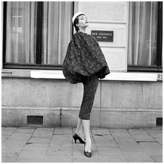 Evelyn Orcel, Couture Dick Holthaus 1955 Photo Hans Dukkers b
