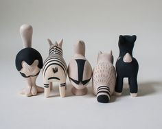 Hand chiseled wooden Polé Polé Animal collection | T-Lab