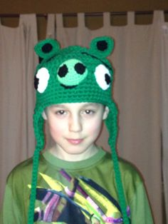 Angry bird pig hat