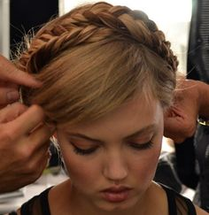 Backstage Beauty: The Chicest Hair of Spring 2014