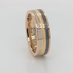 Gold Ring Designs, Gold Bangles Design, Gold Earrings Designs, Gold Jewellery Design, Mens Ring Designs, Classic Wedding Rings, Gold Wedding Rings, Engagement Rings Couple, Couple Rings Gold