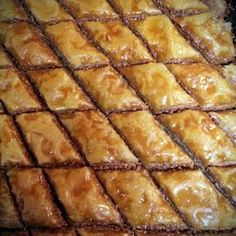 Search result for baklava. 56 easy and delicious homemade recipes. See great recipes for Baklava, Indian Baklava, Greek Baklava, Baklava Cake too! Mile High Strawberry Pie Recipe, Great Recipes, Favorite Recipes, Interesting Recipes, Delicious Recipes, Healthy Recipes, Baklava Recipe, Good Food, Yummy Food